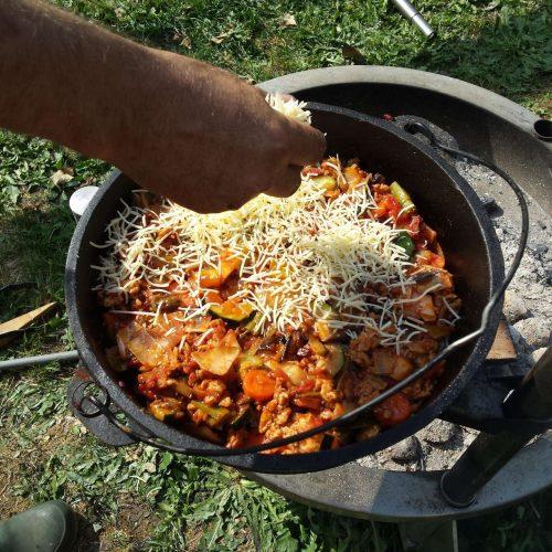 Dutch Oven lasagne